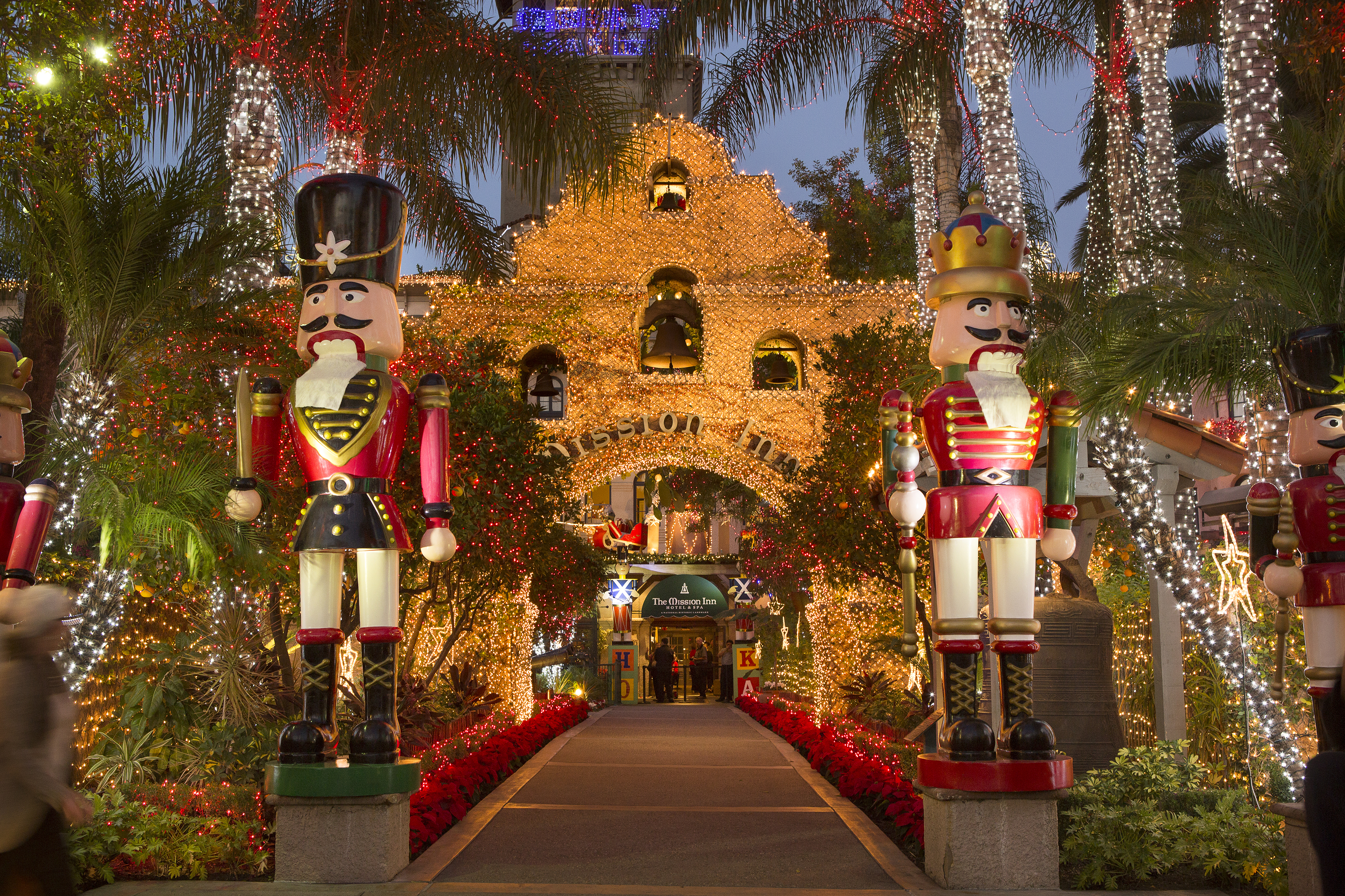 The Mission Inn Hotel Kicks Off the Holiday Season with Festival ...