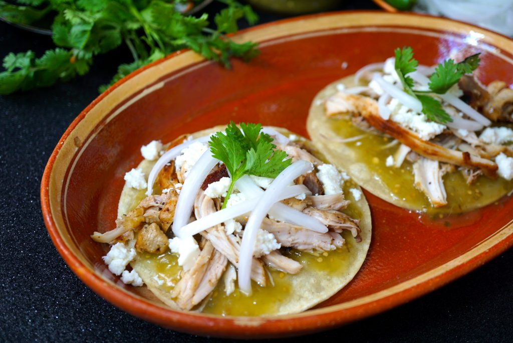 Green Chicken Chalupas with Herdez Salsa Verde
